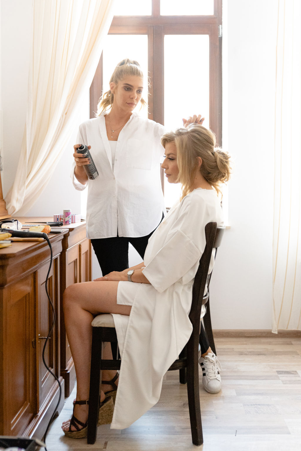 bride getting ready wedding photographer Nice France