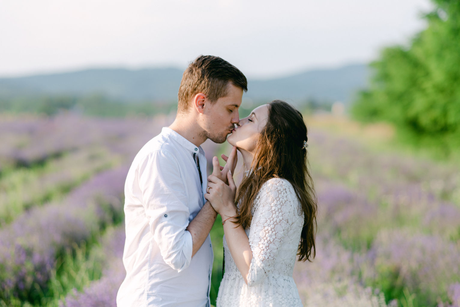 couple photoshoot lavender Provence Nice French Riviera photography